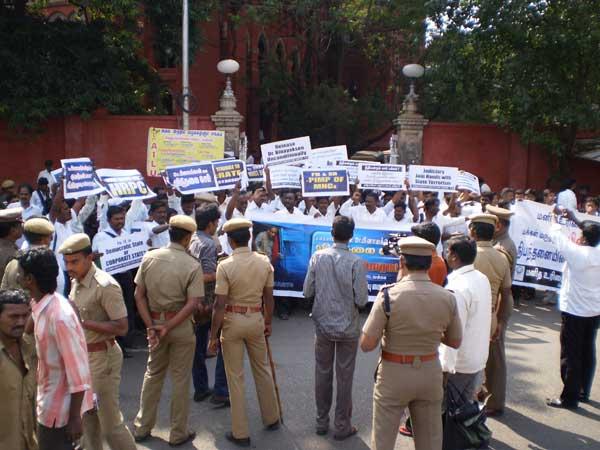 பினாயக்சென்னை விடுதலை செய் சென்னையில் HRPC மறியல், 90 பேர் கைது