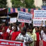 ஜெயா ஆட்சியை நாடகமாக நடித்த குற்றத்திற்காக குழந்தைகள் உட்பட 60 பேர் சிறை!