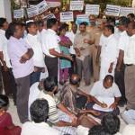 சிதம்பரம் காமராஜ் மெட்ரிக் பள்ளி முதலாளியின் கொட்டம் முறியடிப்பு