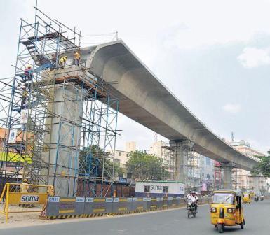 சென்னை மெட்ரோ தொழிலாளிகள் 3