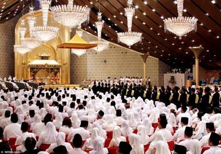 புருனே சுல்தான் மகள் திருமணம் நடைபெற்ற அரங்கு