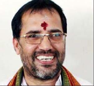 ஆடிட்டர் ரமேஷ்.