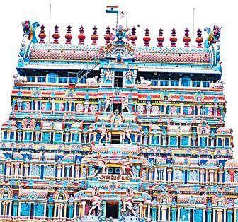 கோயில் கோபுரத்தில் கொடி