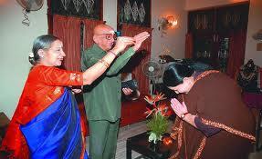 ஜெயாவின் மிடாஸ் சாராய கம்பெனிக்கு அறங்காவலராகிய சோ ராமசாமி
