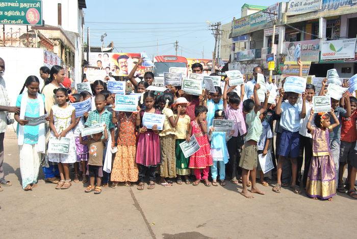 children-protest-2