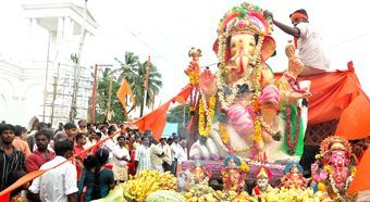 bjp-communalism-tn-vinayagar-processions
