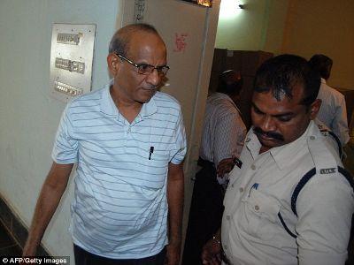 எலி விஷம் கலந்த மருந்தை விற்ற ரமேஷ் மஹாவர்