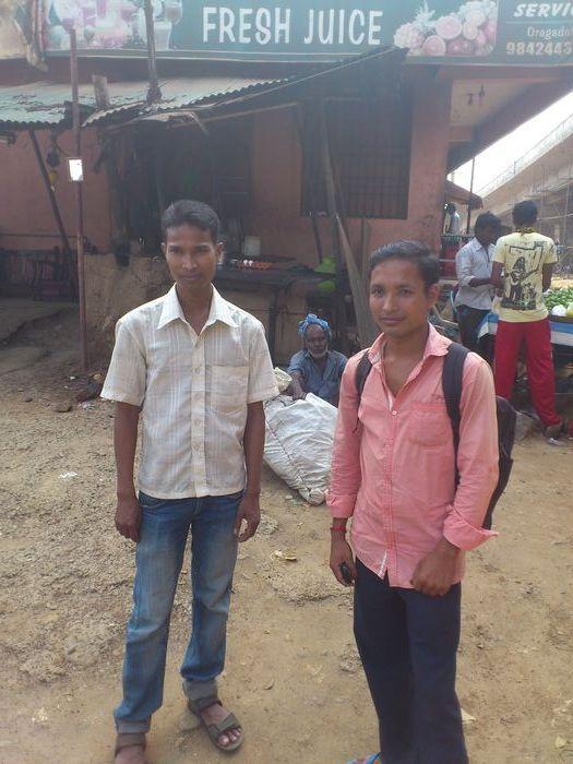 அசாம் தொழிலாளர்கள்