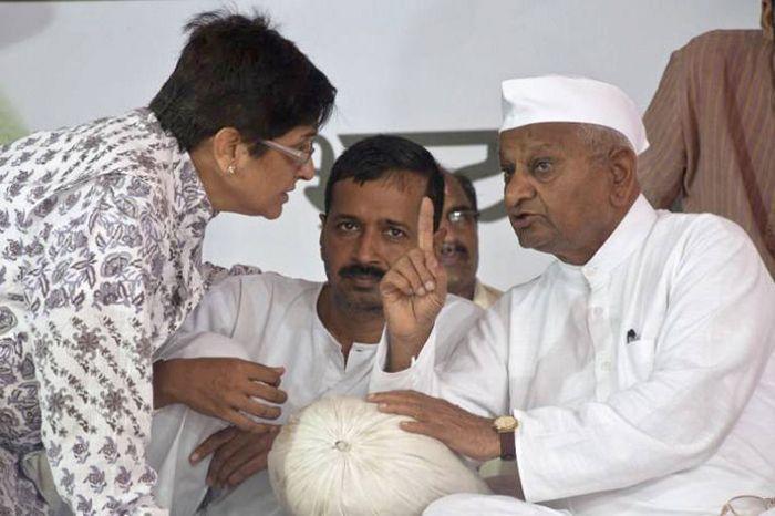 கேஜ்ரிவால், அன்னா ஹசாரா, கிரண் பேடி