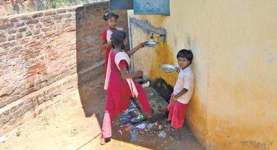 கல்வி மறுக்கப்படும் ஆதி திராவிடர் மாணவர்கள்
