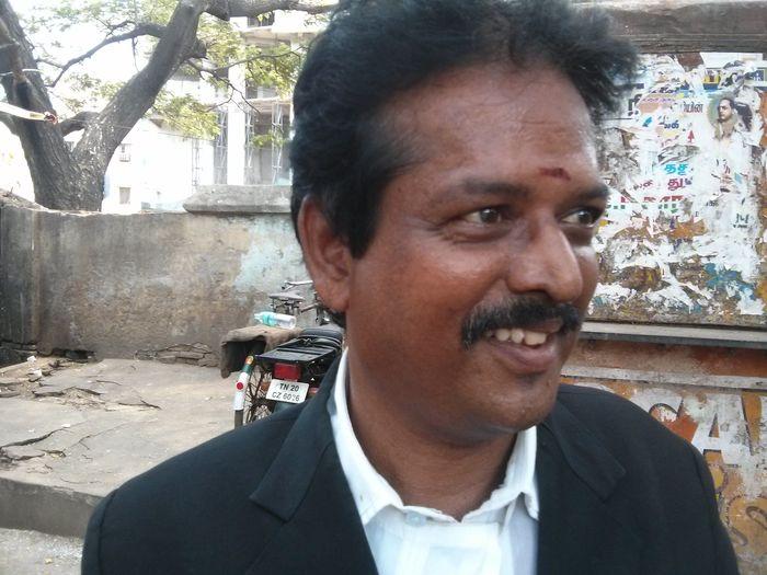 வழக்குரைஞர் சாரதி