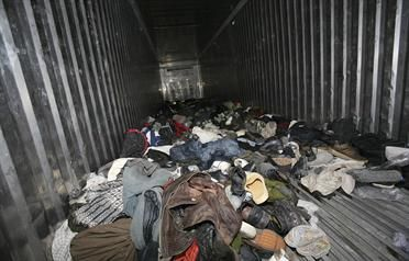 dead-in-container