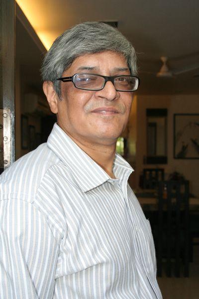 விவேக் தேவ்ராய்