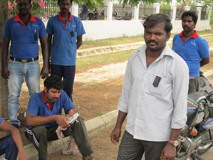 கிரீடோ மோல்ட்ஸ் தொழிலாளி மனோஜ்குமார்