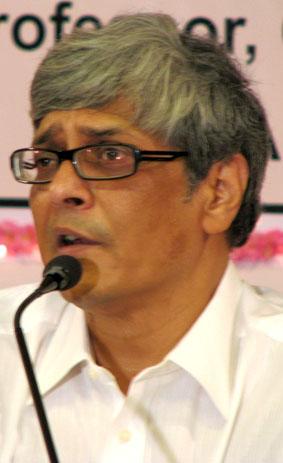 விவேக் தேவராய்.