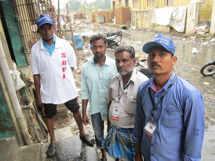 muslims-flood-relief-photos-12
