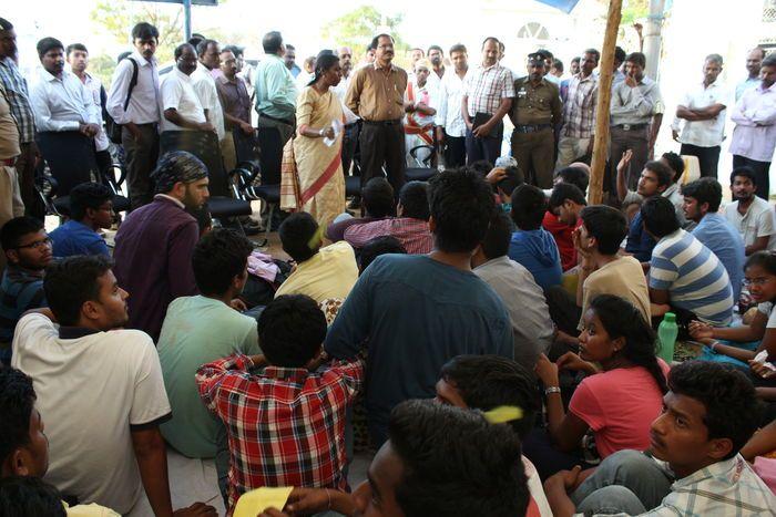 srirangam-iiit-campus-protest-2