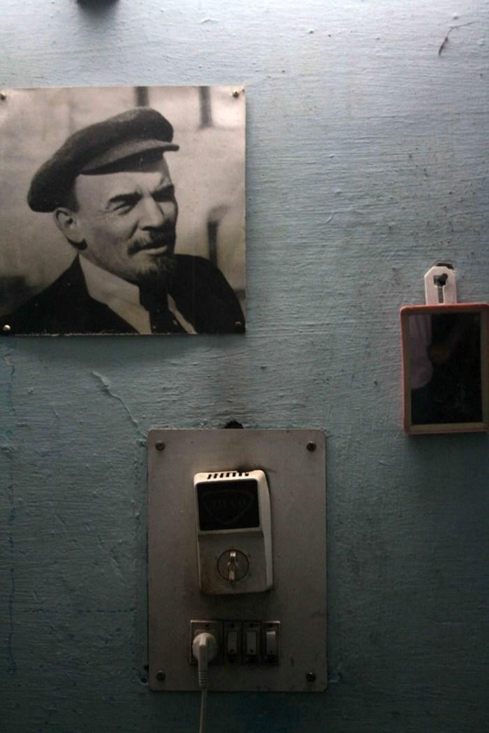 jnu-delhi-hostel-room