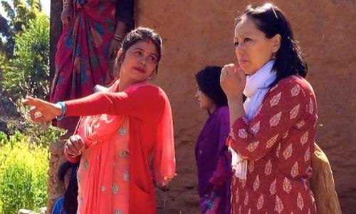 பேமா லக்ரி - கடந்த 10 வருடங்களாக தன்னாட்டு மக்களிடம் உள்ள பிற்போக்குத்தனங்களை அகற்ற போராடும் சமூக ஆர்வலர்