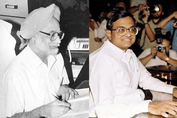 1991 பட்ஜெட் தாக்கலின் போது மன்மோகன் சிங் மற்றும் 1997 பட்ஜெட் தாக்கலின் போது சிதம்பரம்