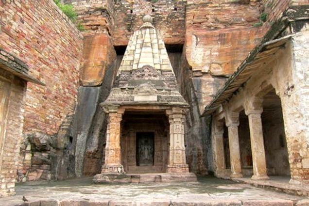 சதுர்பூஜா கோயில்