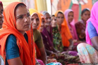 இந்தியாவில் சுமார் 1.2 கோடி குழந்தைத் திருமணங்கள் நடக்கின்றன. அதில் இந்துக்களின் எண்ணிக்கை 84 விழுக்காடும் என்றும் இசுலாமியர்களின் எண்ணிக்கை 11 விழுக்காடும் ஆகும்.