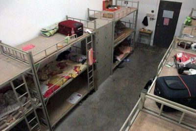 foxconn workers dormitories