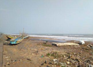 Kakhinada-Cyclone damage 4