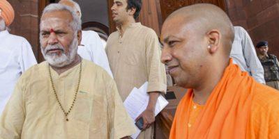 Chinmayanand_with-yogi